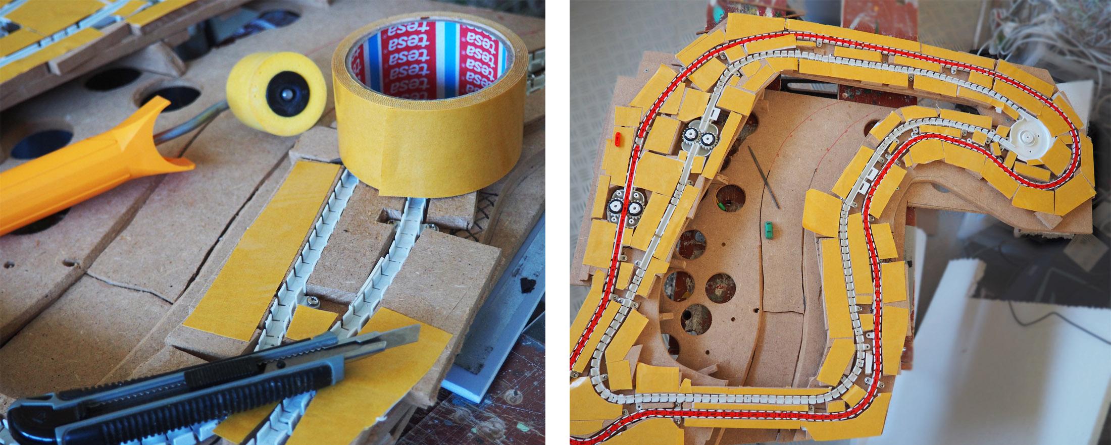 Voor de definitieve bevestiging van de kartonnen toplaag (het wegdek) wordt dubbelzijdig tape gebruikt.
